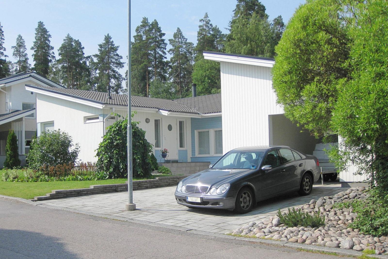 Lämpimästi tervetuloa tutustumaan! Kohdetta esittelee LKV Sari Karvonen 050-5251581