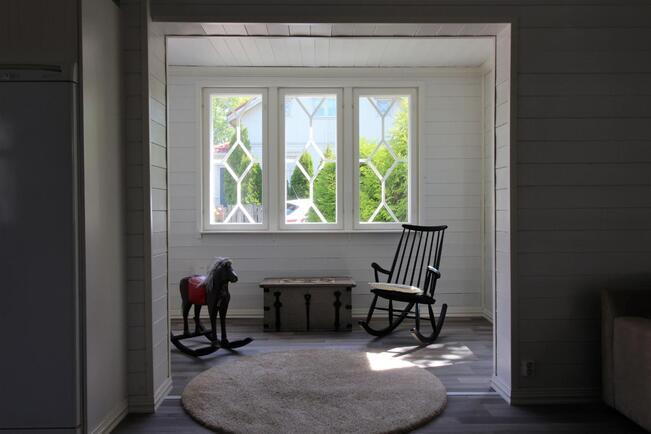 Aamuauringon veranta