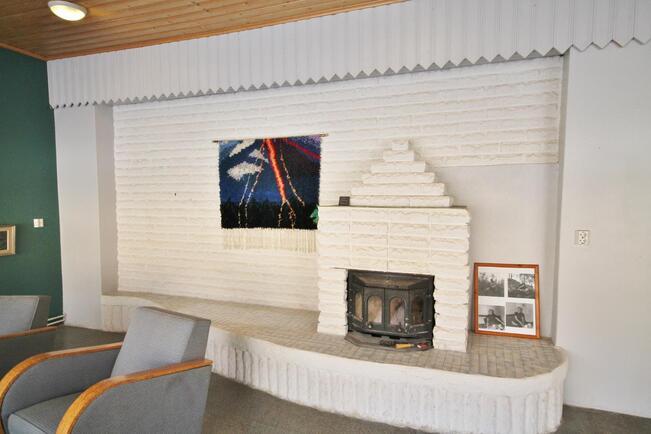 Kiertoilmatakka on muurattu olohuoneeseen v 1997
