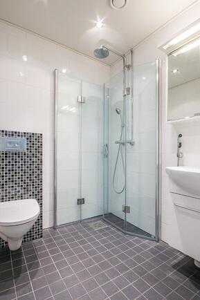 Yksiön / varaston kylpyhuone