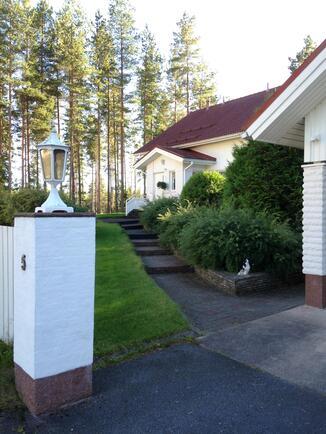 Talo (sisäänkäynti)