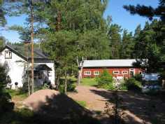Talo ja ulkorakennus