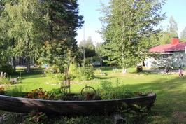 Piha ja kukkaisvene