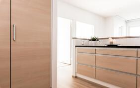 Vetolaatikoissa on paljon tilaa astioille ja ruoka-aineille.