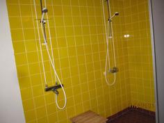Taloyhtiön kylpyhuonetilat