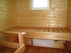 Ikkunallinen sauna kruunaa huoneiston