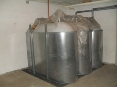 Kiinteistöön on uusittu myös öljysäiliöt (3 x 1500 l turvakaukaloin)!
