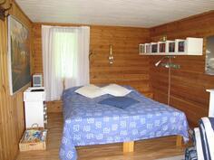 saunarakennuksen vierashuone