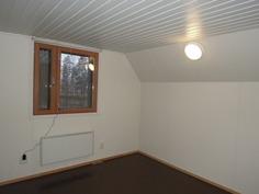 Yläkerran huone