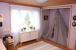 Yläkerrran makuuhuone