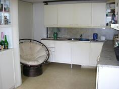 alak. keittiö