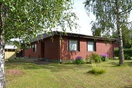 Tiilivuorattu talo Pajatiellä