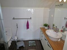 ylä wc + suihku