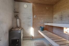 sauna tallirakennuksessa