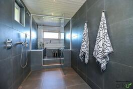 Kylpytilat ja sauna kuin sisustuslehdestä!