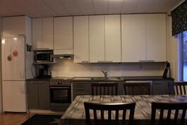 Keittiö remontoitu 2013.