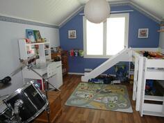 Yläkerran toinen makuuhuone
