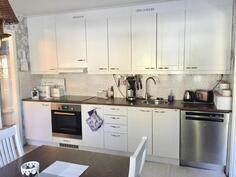 Kuva keittiöstä (3)