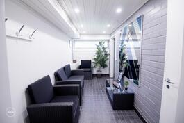 Taloyhtiön viihtyisät saunatilat asukkaiden käytettävissä
