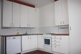 C27 keittiö