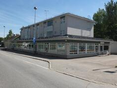 Kiinteistö Oy Virtain Keskustie 4-6 sijaitsee Virtain keskustassa...