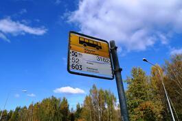 Kehäradan lisäksi käytössä monet bussilinjat