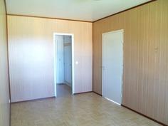 makuuhuone 2,taustalla vh