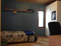 Kuva makuuhuoneesta(2)