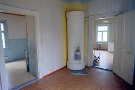 makuuhuone (oik. oh, vas. keittiö)