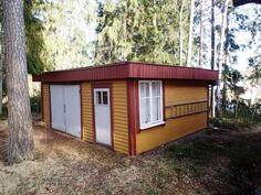 Uthusbyggnad - Ulkorakennus