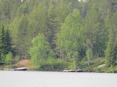 Venapaikkoja Kesäjärven rannalla.
