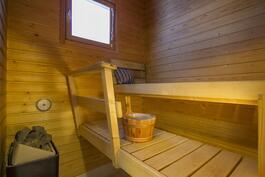 Lähes käyttämätön sauna.