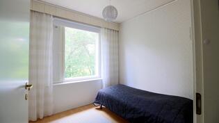 Erillinen kaksio makuuhuone