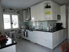 keittiön kaapistoja, kivitasot