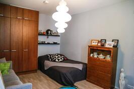 makuuhuone 3 alakerta