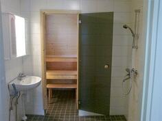 A-asunnon kylpyhuone ja sauna