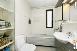 Erillinen kh / Separat badrum