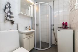 Kylpyhuone remontoitu 2010