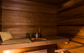 Viihtyisä saunatila.