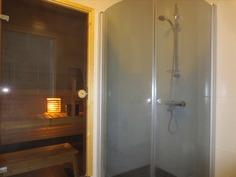 pesuhuone, suihkukaappi