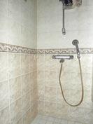G 15 huoneiston kylpyhuone