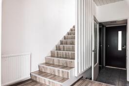 Kaunis portaikko yläkertaan