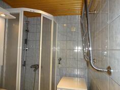 kylpyhuone ja rättipatteri