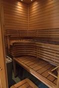 Laadukas ja tyylikäs ikkunallinen sauna