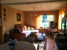Kuva olohuoneesta(2)