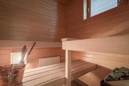 Ikkunallinen, lähes käyttämätön sauna