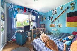 Värikäs pojan huone
