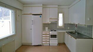 Huoneiston B 3 keittiö