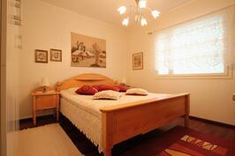Makuuhuone (12,5m²)