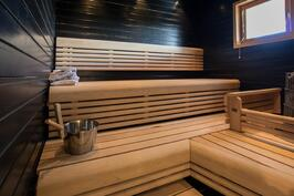 Hieno, tumma sauna